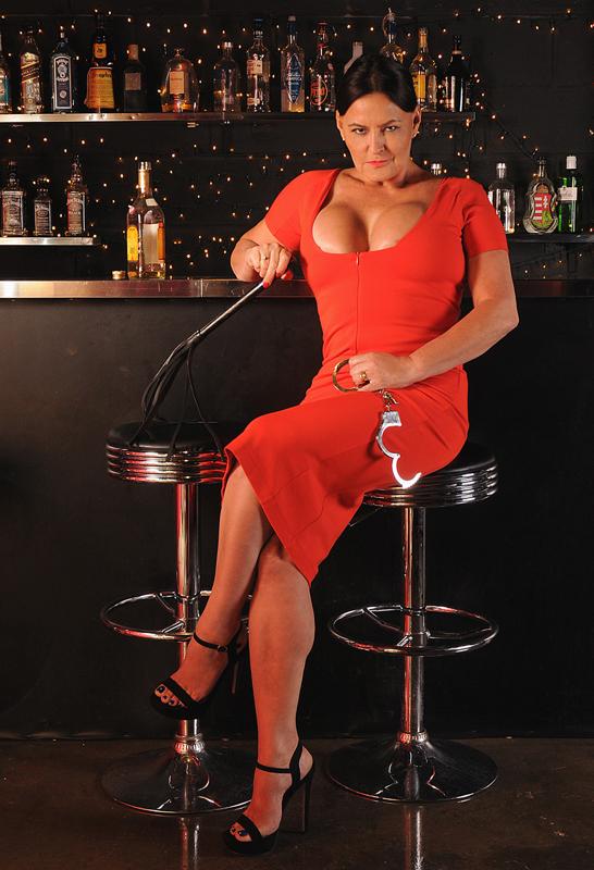 Canary-Wharf-Mistress-Izabel
