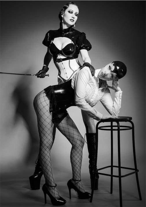 London-Mistress-MORANA-DOMINA-her-sexy-sub-Assitant
