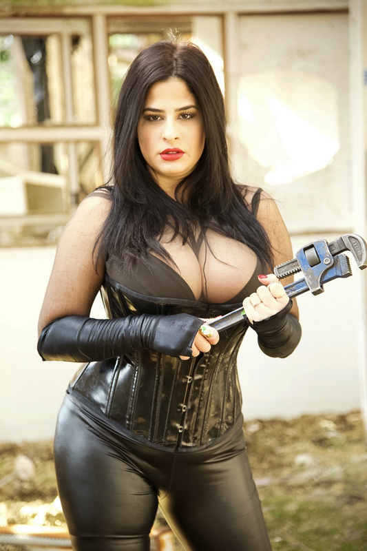London-Mistress-Dominica-de-Sin
