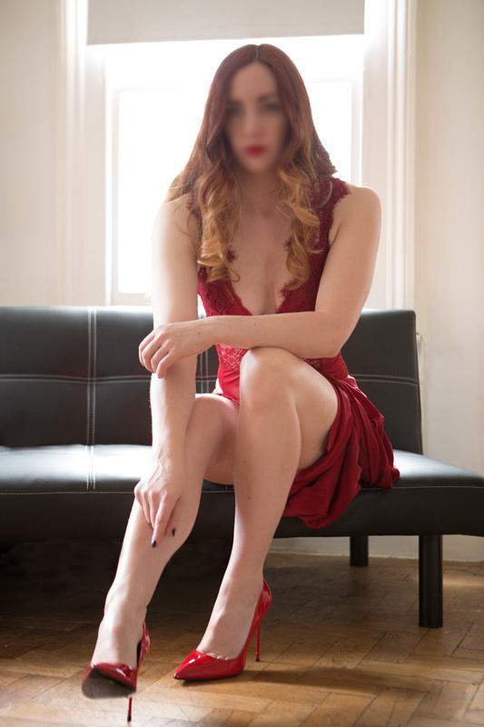 London-Mistresses-Miss-Helen-Foot-Fetish-Specialist