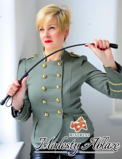 london-mistress-modesty-ablaze